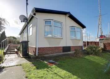 Thumbnail 3 bed mobile/park home for sale in Sunshine Close, Tower Park, Hullbridge, Hockley