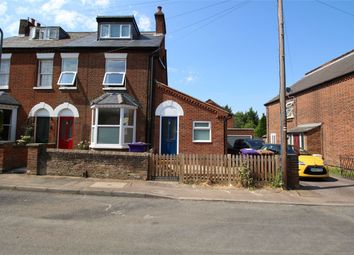 Thumbnail 2 bed flat to rent in St Annes Road, Hitchin