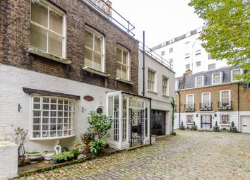 Thumbnail 1 bedroom flat for sale in Gate Mews, Knightsbridge