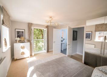 1 bed flat for sale in St. James Park Road, Northampton NN5