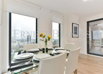Thumbnail 1 bedroom flat to rent in Roosevelt Tower, 18 Williamsburg Plaza, Canary Wharf
