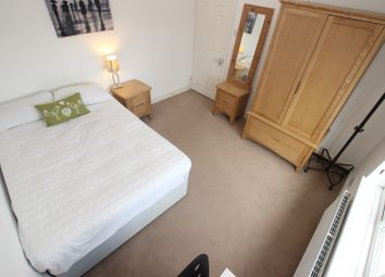 Thumbnail Room to rent in St. Johns Road - Room 2, Reading