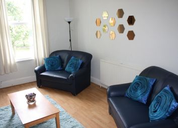 Thumbnail 6 bed flat to rent in Flat 5, 257 Hyde Park Road, Hyde Park