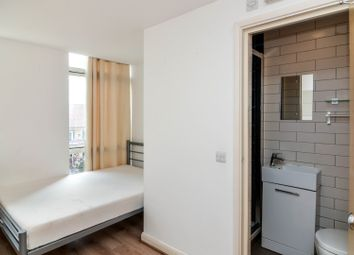 Thumbnail 4 bed shared accommodation to rent in Cassilis Road, London