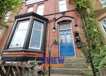 Thumbnail 6 bed flat to rent in Regent Park Avenue, Leeds, West Yorkshire