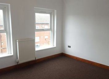 Thumbnail 1 bed terraced house to rent in Hitchen Road, Luton
