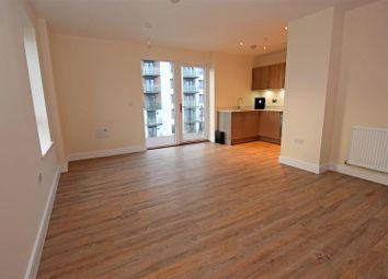 2 bed flat to rent in Pegasus Way, Gillingham ME7