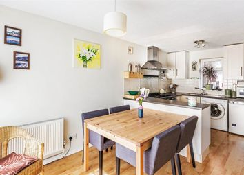 Thumbnail 3 bed property to rent in Farnham Gardens, London