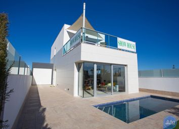 Thumbnail 3 bed villa for sale in Av. Trece De Octubre, 185, 30710 Los Alcázares, Murcia, Spain