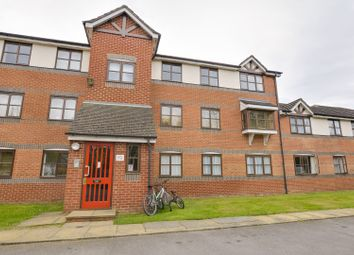 Thumbnail 2 bed flat for sale in Coalmans Way, Slough