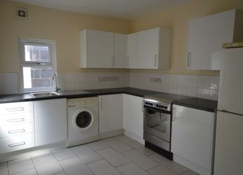 5 bed property to rent in Stanley Road, London E12