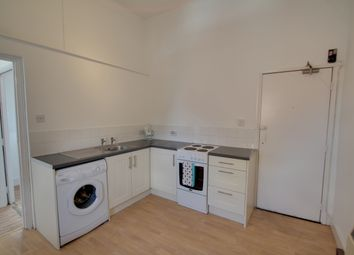 Thumbnail 1 bed flat to rent in Hinckley Road, Leicester