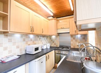 Thumbnail 4 bed flat to rent in Westway, London