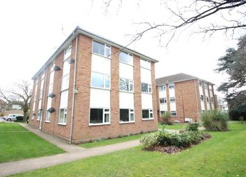 Thumbnail 2 bedroom flat to rent in Eastbury Road, Watford