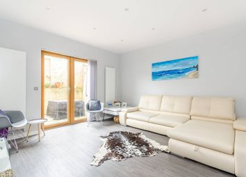 Thumbnail 3 bedroom property for sale in Woodville Close, Blackheath