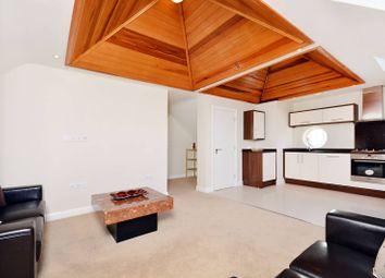 Thumbnail 2 bed flat to rent in Corringway, Ealing