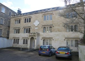 Thumbnail 2 bed flat to rent in London Road, Bath