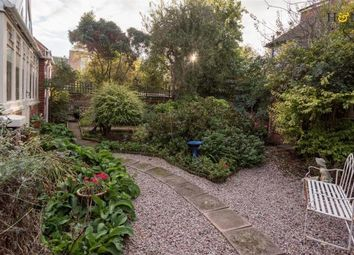 Thumbnail 6 bed detached house to rent in Pembroke Avenue, Hove