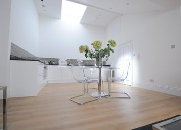 Thumbnail 2 bedroom flat to rent in Eastgate Court, High Street, Guildford