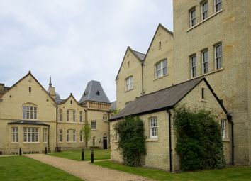 Thumbnail 2 bed flat to rent in Kingsley Avenue, Stotfold, Stotfold, Hitchin