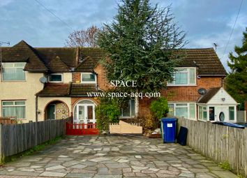 Thumbnail 3 bed terraced house for sale in Summers Lane, Finchley, London