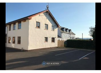 2 bed flat to rent in Countess Wear Road, Exeter EX2