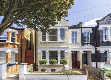 3 bed property for sale in Willcott Road, London W3