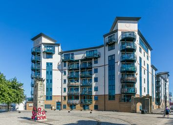 Thumbnail 2 bedroom flat for sale in Tower Place, The Shore, Edinburgh