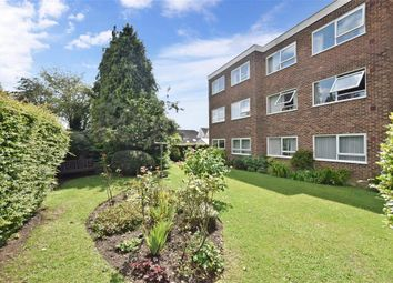 Thumbnail 2 bedroom flat for sale in Station Road, Billingshurst, West Sussex