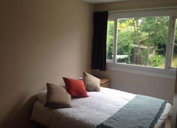 Room to rent in Room 3, Hanwood Close, Woodley RG5
