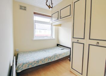 Thumbnail Room to rent in Roman Road, East Ham