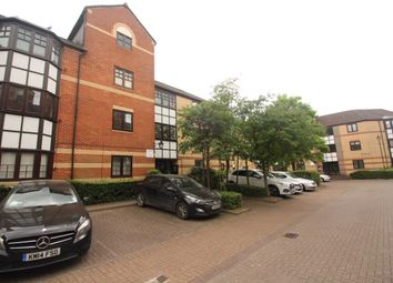 Thumbnail 2 bed flat to rent in Maltings Place, Reading