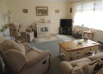 Thumbnail 2 bed bungalow for sale in Hardy Close, Felpham, Bognor Regis, West Sussex