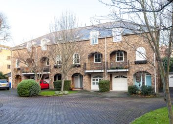 Thumbnail 4 bed terraced house to rent in Oxford Gate, Brook Green, London