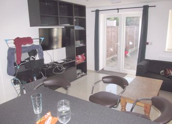 Thumbnail 6 bed terraced house to rent in Donnington Gardens, Reading