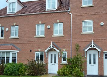 Thumbnail 3 bed town house to rent in Springfield Mews, Lofthouse, Wakefield