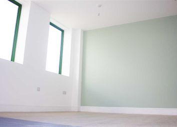 Thumbnail 2 bed flat to rent in Cambridge Road Industrial Estate, Aston Road, Bedford