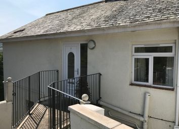 Thumbnail 2 bed flat to rent in Hatfield Road, Torquay