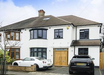Thumbnail 6 bed property for sale in Egerton Gardens, Hendon