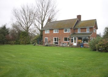 Thumbnail 3 bed property to rent in Church Walk, Weston Turville, Aylesbury