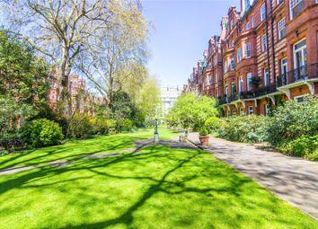 Thumbnail 2 bedroom flat for sale in Sloane Gardens, Chelsea, London