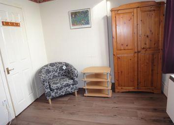 Thumbnail Studio to rent in Bishopton Lane, Stockton