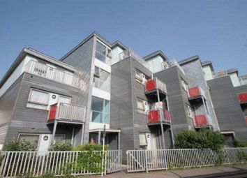 Thumbnail 2 bed flat to rent in Handcroft Road, Croydon