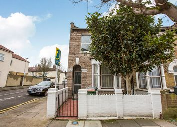 Thumbnail 1 bedroom flat for sale in Tunmarsh Lane, London