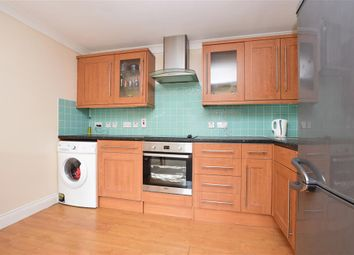 Valley Heights, Whyteleafe, Surrey CR3. 1 bed flat