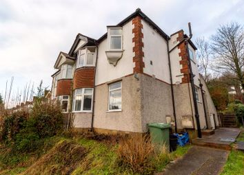 2 bed flat to rent in Gomshall Gardens, Kenley CR8