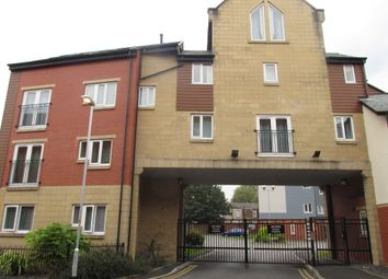 Thumbnail 2 bedroom flat to rent in Pine Street, Heywood