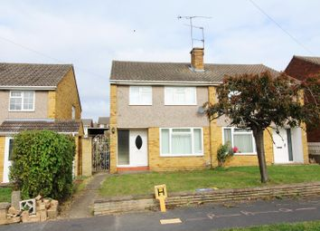 Thumbnail 3 bed flat to rent in St. Saviours Road, Reading