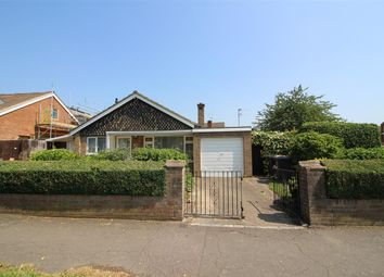 Thumbnail 3 bed bungalow for sale in Chiltern Avenue, Putnoe, Bedford
