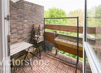 Thumbnail 4 bedroom flat to rent in Mansford Street, Bethnal Green, London